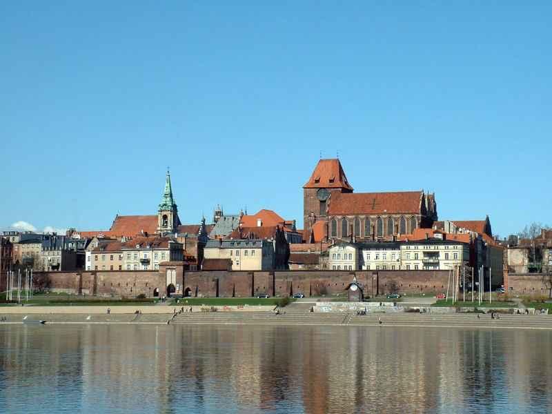 Zabytki kultury materialnej w Polsce - Toruń - średniowieczny zespół miejski